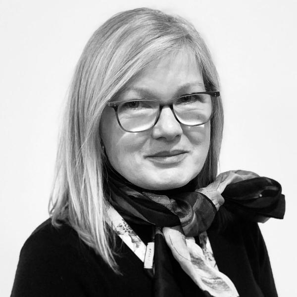 Maggie Dutton