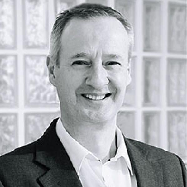Peter MacKellar