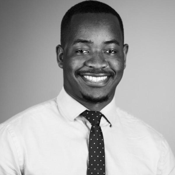 Neville Tawona